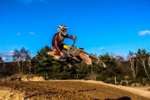 best knee braces for motocross