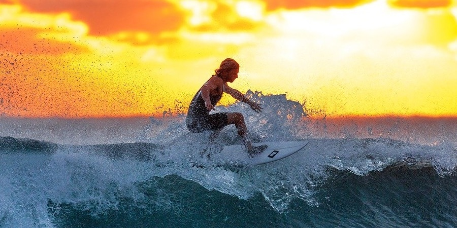 the best clothing brands for surfing